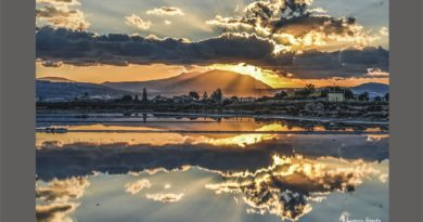 Un'alba, l'inizio di un nuovo giorno – solo per rilassarsi prima di cominciare una nuova giornata